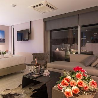 Romantic plan CityFlats Hotel